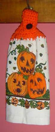 3 pumpkins towel