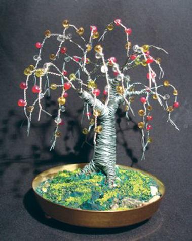 Beaded Oak, wire tree sculpture