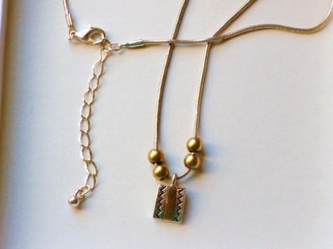 Cache necklace