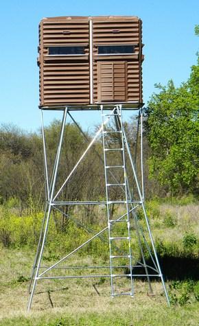 Hunt Sports Deer Blind 4X8 15' H Base