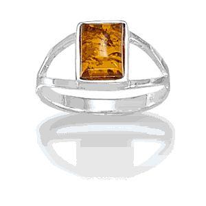 Beautiful Brand New Baltic Amber Ring!