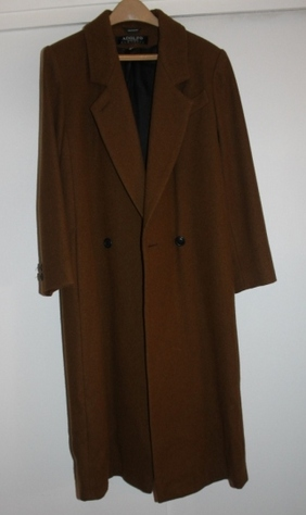 adolfo-brown-coat-front