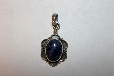 Sterling-Silver-Blue-Lazurite-Stone-Pendant