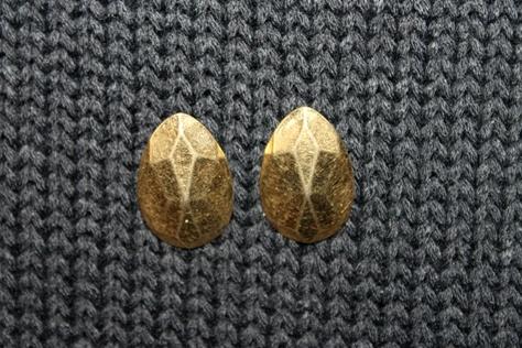 Vintage-Avon-Faceted-Teardrop-Goldtone-Earrings