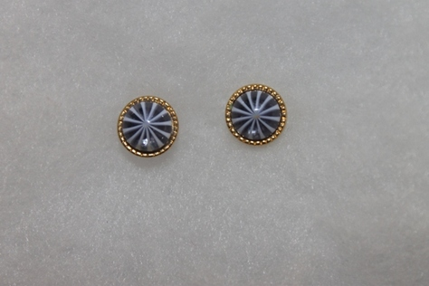 Vintage-Avon-Gold-Tone-Starburst-Stone-Pierced-Earrings