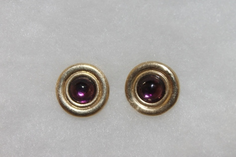 Vintage-Avon-Purple-Stone-Goldtone-Earrings