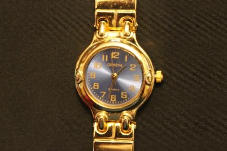 Geneva-ladies-Quartz-Wrist-Watch-blue-face