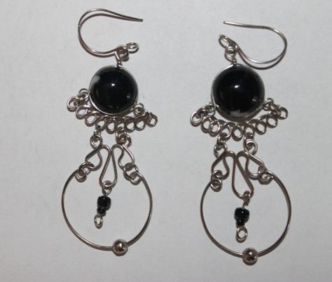 Sterling-Silver-Glass-Bead-Earrings-black
