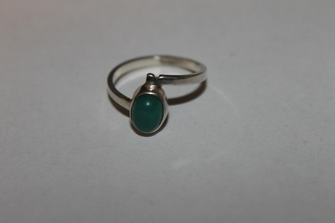 Sterling-Silver-.925-Green-Jade-Ring