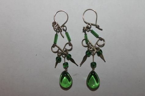 Sterling-Silver-green-Glass-Beads-Earring