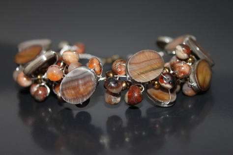 mother-of-pearl-carnelian-shell-beads-nontarnish-silver-wire