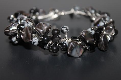 black-white-onyx-bracelet