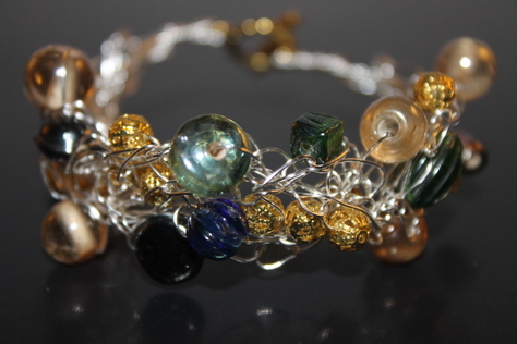 green-blue-gold-glass-beads-front