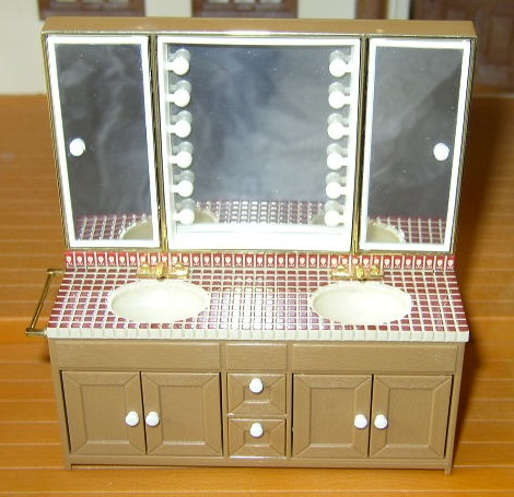 Item #BA1 -- Tomy Bathroom Counter & Sinks w/Mirrors