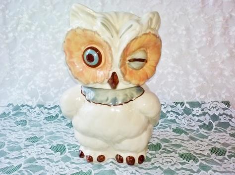 Shawnee Owl cookie jar front