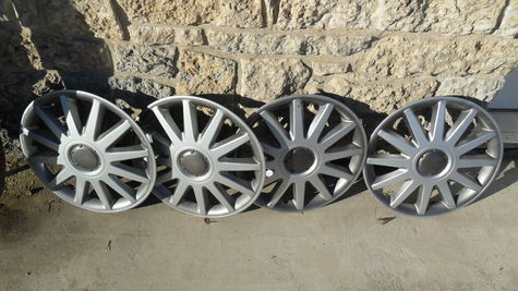Hubcaps---16 inch