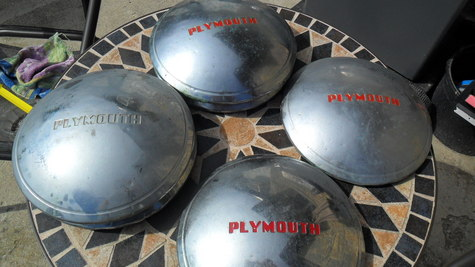Plmouth  Hubcaps
