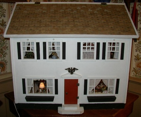 Amazing Dollhouse Collectible