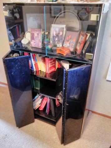 Black High-Gloss Polymer Entertainment Unit/Book Case