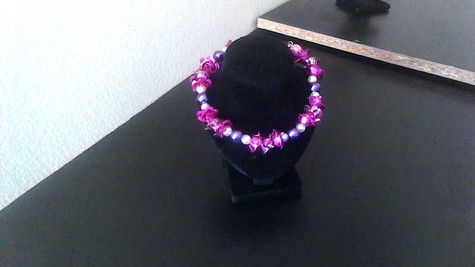 Purple, White, Pink Frosted (faux) Pearls with Magenta Flowers beaded silver-plated clasp bracelet. STYLISH & LIGHTWEIGHT!