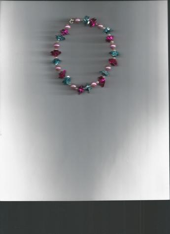 Multi-Color Flower & Pearl silver-plated clasp bracelet (shown on light background).
