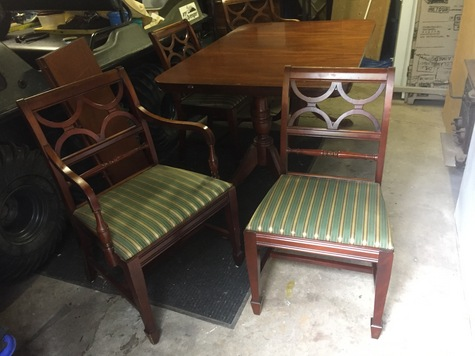Vintage 4-6 Foot Table and 6 Chairs. Negotiatablr.