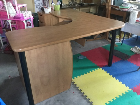 Corner unit computer desk with file drawers