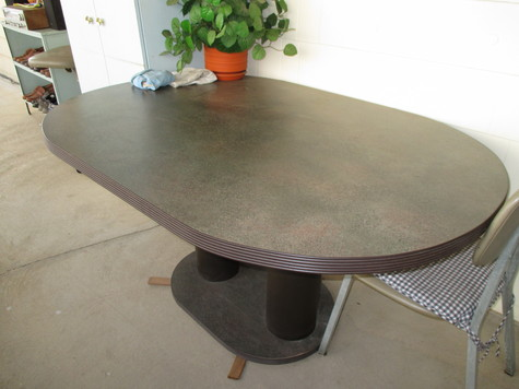 Oval table,4 chairs