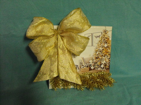 Gold Bow gold garland