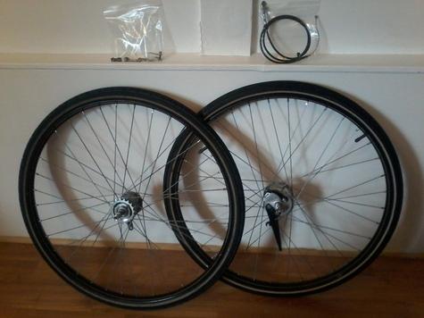 vintage 28'' wheels
