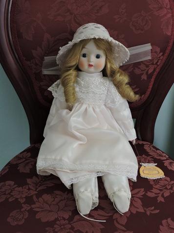 Lorinda Doll