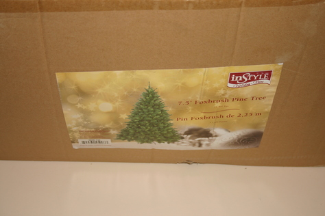 7.5' Foxbrush Christmas Tree