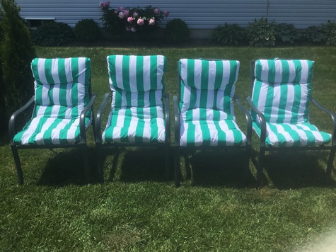 SET OF 4 ARMED GARDEN CHAIRS
