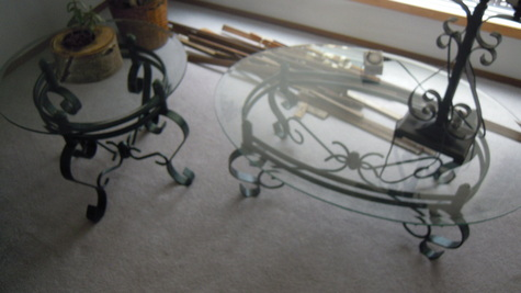 2 glass end  and 1 coffee table