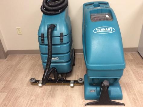 Tennant carpet extractor & wet/dry vac