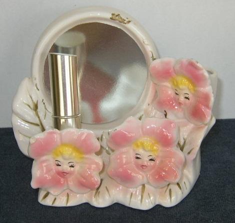 Vintage, Pink Flowers Lipsticks Holder
